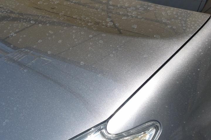 水道水での洗車は水滴痕が付く