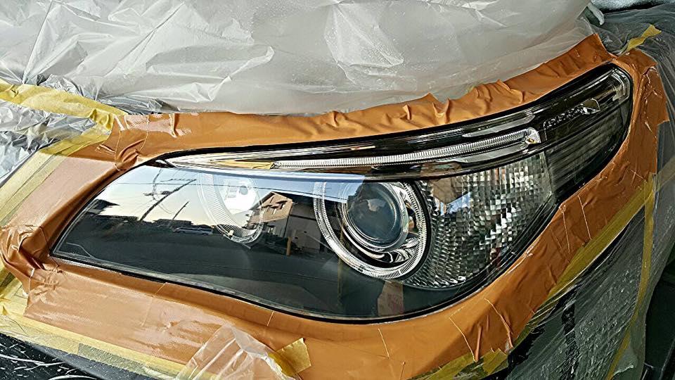 BMWのヘッドライト磨き 完成 透明感と輝き