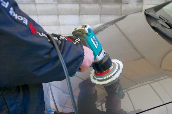手洗い洗車パーフェクト コート皮膜の圧着施工&皮膜強化